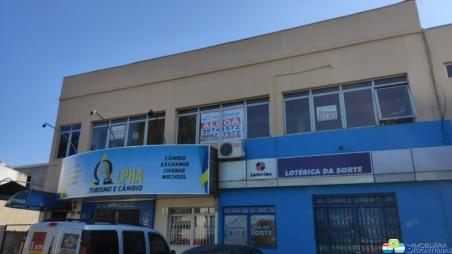 SALA COMERCIAL LOCALIZADA À AVENIDA...